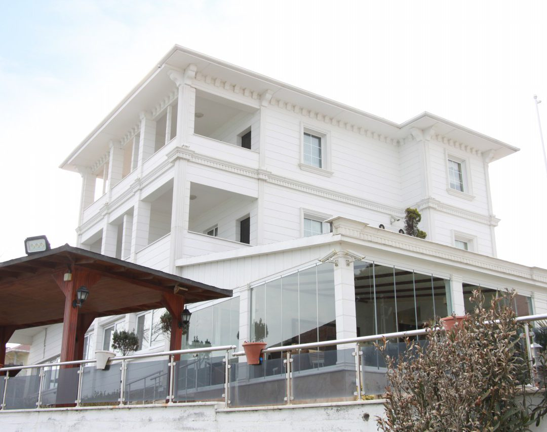 Beyaz Ev Otel