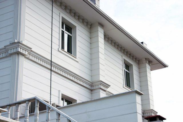 beyaz-ev-otel-03